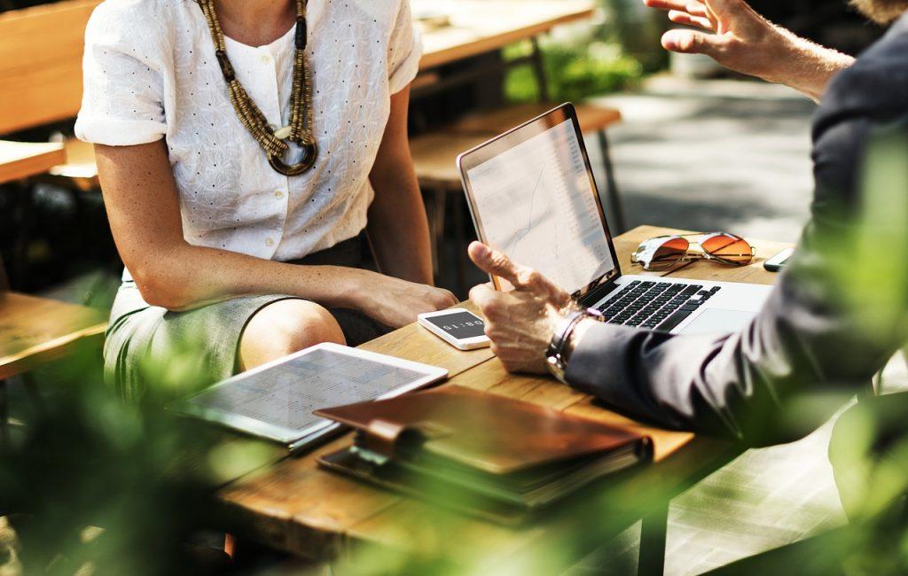 Komunikacja wewnętrzna – niedoceniany aspekt integracji zespołu